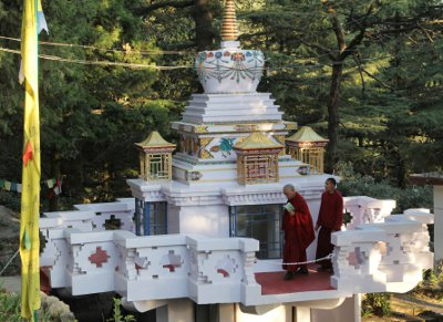 LZR_LY_Stupa_Dec_2011_SMALL