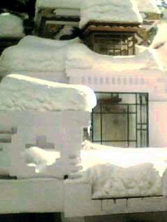 Stupa_snow