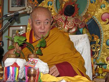 Denma20Locho20Rinpoche20-20Initiation