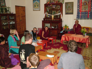Gen Gyatso meeting with the Vajrasattva retreatants.