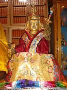 Guru Rinpoche statue