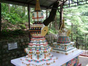 Geshe Choklyi and Geshe Tsering stupas